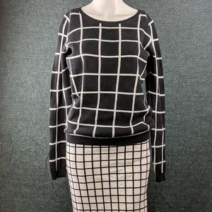 Old Navy Black & White Checked Sweater